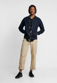 New Look - SUN MOON - Skjorter - black - 1