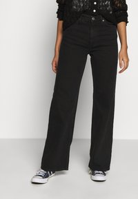 Monki - YOKO - Straight leg jeans - black dark - 0