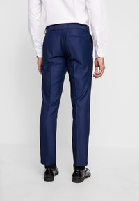 Isaac Dewhirst - FASHION TUX - Garnitur - dark blue - 5