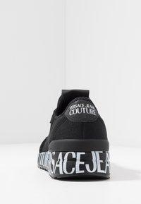 Versace Jeans Couture - Matalavartiset tennarit - black - 3
