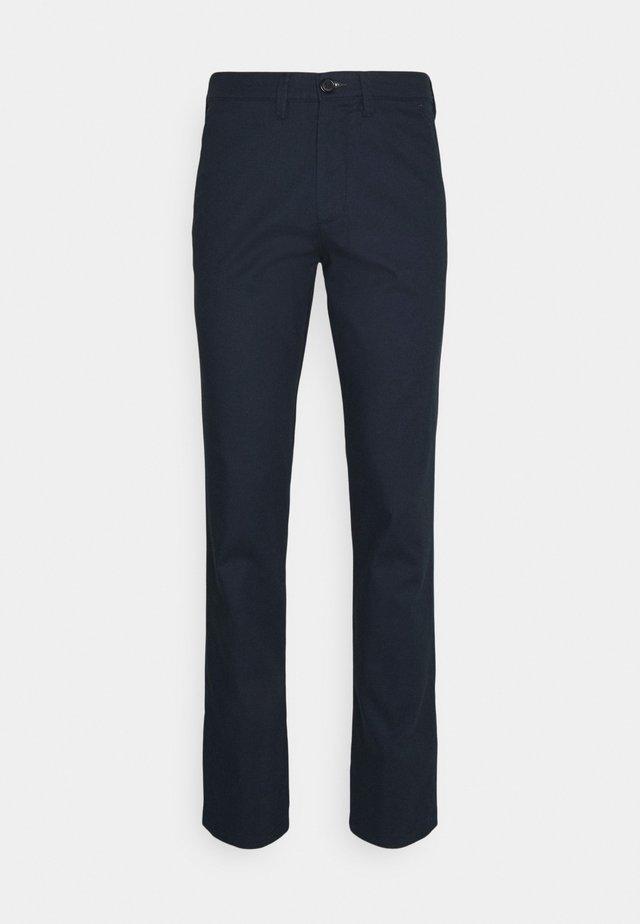 SLHSLIM MILES PANTS - Pantalones chinos - dark sapphire