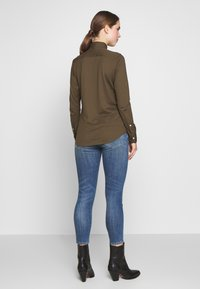 Polo Ralph Lauren - HEIDI LONG SLEEVE - Button-down blouse - defender green - 2