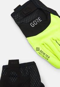 Gore Wear - GLOVES UNISEX - Kurzfingerhandschuh - black/neon yellow - 5