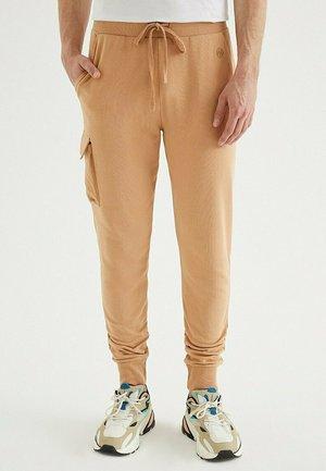 CORE UTILITY  - Pantaloni sportivi - indian tan