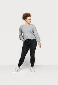 Pieces Curve - PCDELLY - Jeans Skinny Fit - dark grey denim - 1
