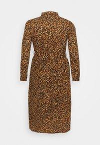 Missguided Plus - PLEATED DRESS - Shirt dress - mustard - 1
