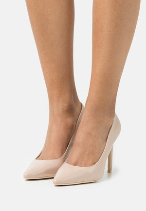 SLIM FIT - Classic heels - beige