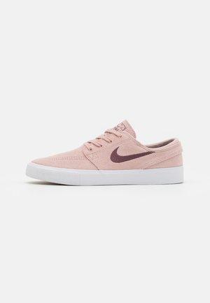 ZOOM JANOSKI UNISEX - Sneakersy niskie - pink oxford/dark wine/pink oxford/white/light brown