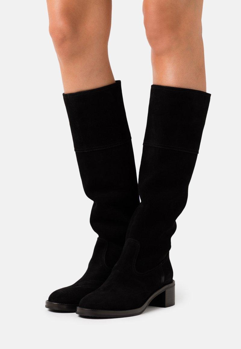 L'Autre Chose - BOOT  - Stivali alti - black