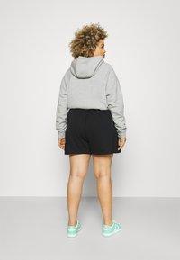Nike Sportswear - AIR PLUS - Shorts - black/white - 2
