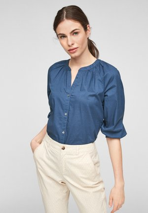 Blouse - faded blue