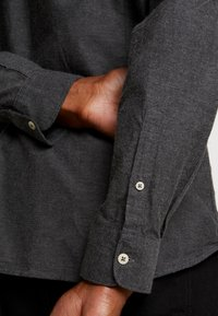 CELIO - NAPINPOINT - Shirt - anthracite - 3