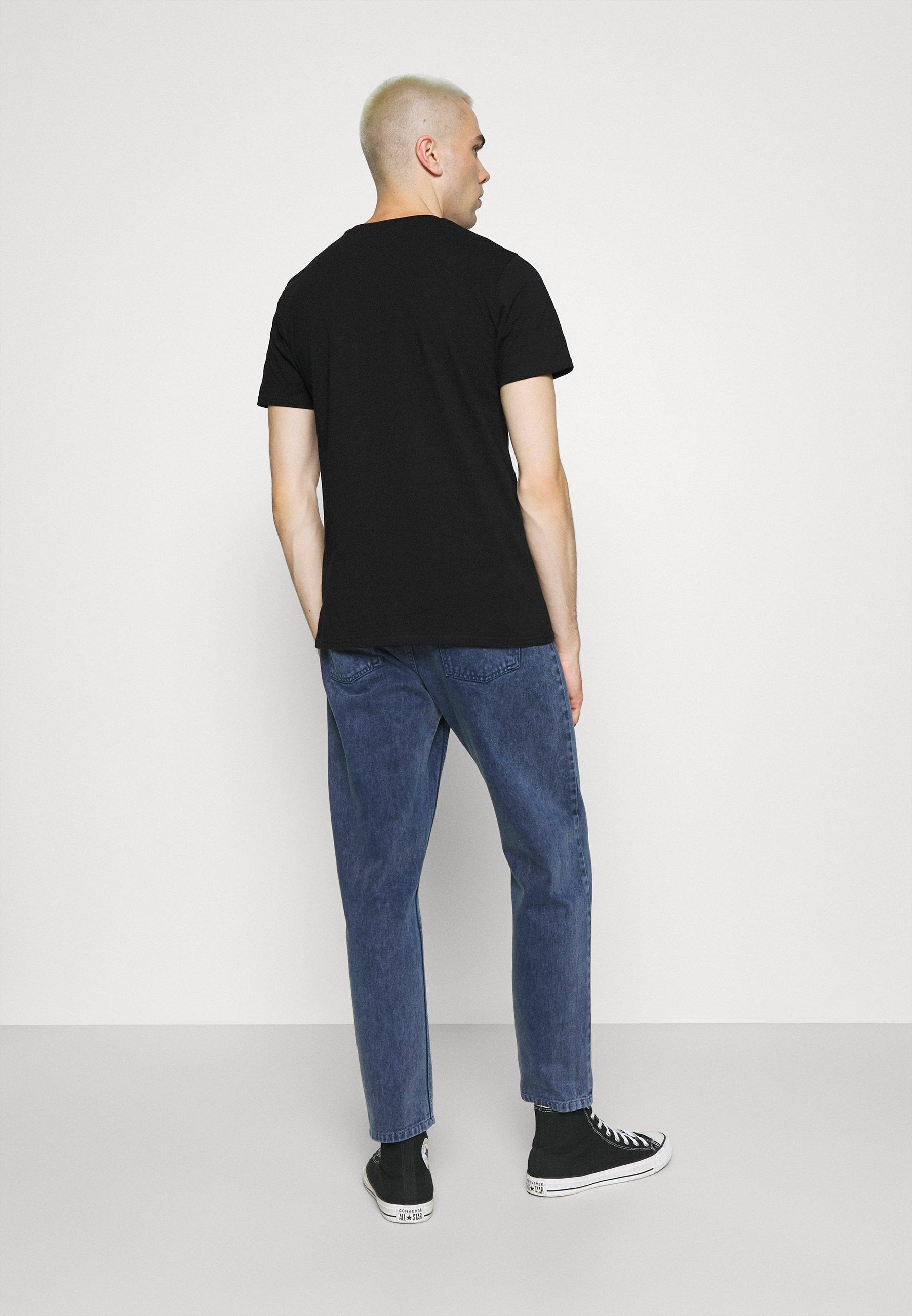 Men SMOKING SKULL TEE - Print T-shirt