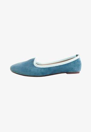 SABA  - Bailarinas - tan blue