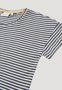 TOM TAILOR - M LOOSE FIT - T-shirt print - peacoat blue - 2
