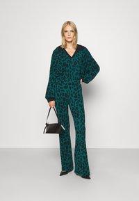 Diane von Furstenberg - CASPIAN PANTS - Trousers - medium teal - 1