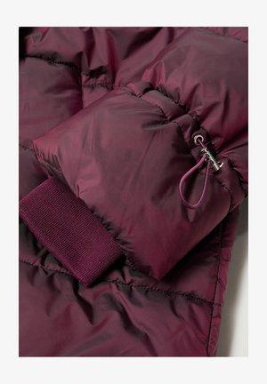 SOHO7 - Cappotto invernale - granatrot