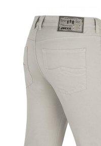 Joker Jeans - FREDDY  - Slim fit jeans - platin - 2