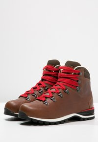 Lowa - WENDELSTEIN  - Hiking shoes - braun - 3