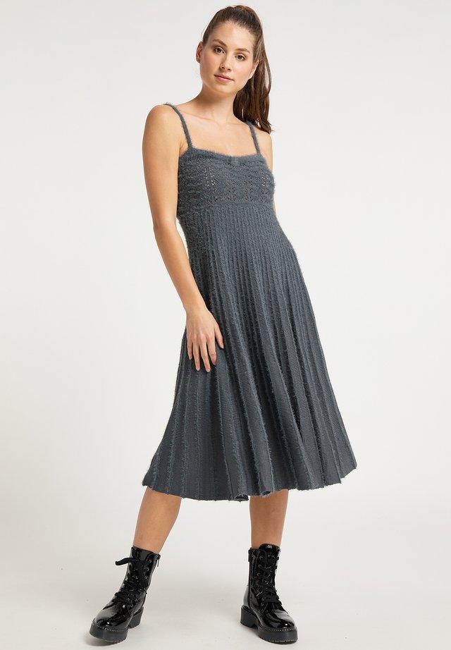 Gebreide jurk - asche