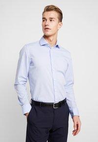Seidensticker - SLIM FIT SPREAD KENT PATCH - Zakelijk overhemd - blue - 0