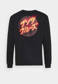 Santa Cruz - FLAMING JAPANESE DOT CREW UNISEX - Sweatshirt - black - 7