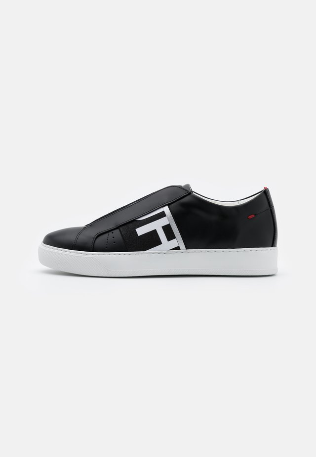 FUTURISM  - Slipper - black