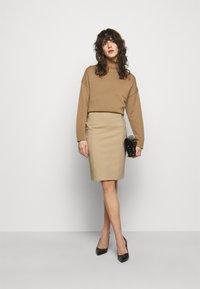 Patrizia Pepe - GONNA SKIRT - Pencil skirt - triking beige - 1