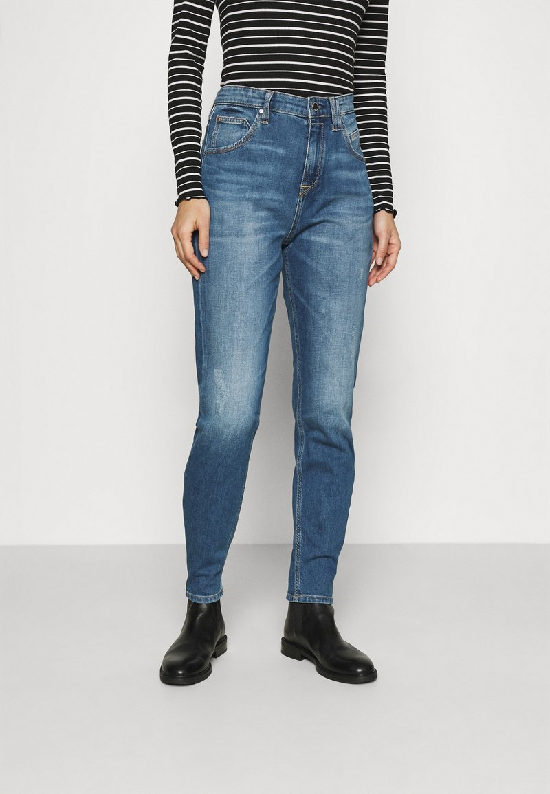 Marc O'Polo DENIM - FREJA BOYFRIEND - Relaxed fit jeans - mid blue marble