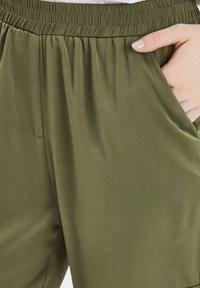 b.young - BXJUNOL PANTS W. POCKETS WOVEN - Pantalon classique -  green - 4