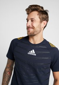 adidas Performance - ID - T-shirt con stampa - legend ink - 3