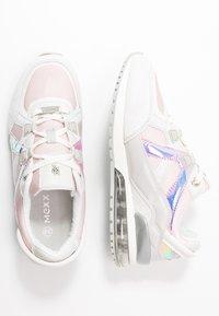Mexx - ELANE - Sneakersy niskie - light grey - 3