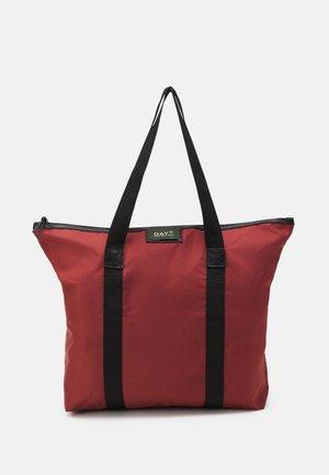GWENETH - Velká kabelka - red