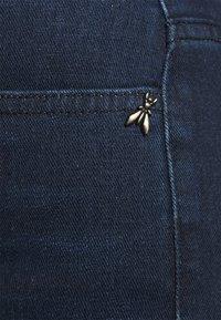 Patrizia Pepe - PANTALONI TROUSERS - Flared Jeans - washed blue - 7