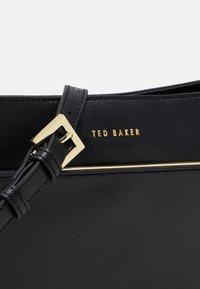 Ted Baker - GOLNAZ BAR DETAIL XBODY - Across body bag - black - 3