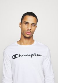 Champion - LEGACY CREWNECK LONG SLEEVE - Top s dlouhým rukávem - white - 3
