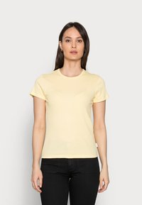Marc O'Polo DENIM - Basic T-shirt - sunlight - 0