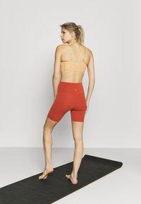 Nike Performance - Tights - rugged orange/light sienna - 2