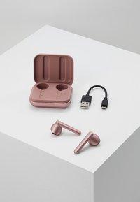Urbanista - STOCKHOLM TRUE WIRELESS EARPHONES - Headphones - rose gold/pink - 4