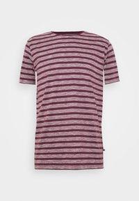 JERMANE - Print T-shirt - grape wine