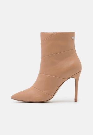 JULIANA - High Heel Stiefelette - nude
