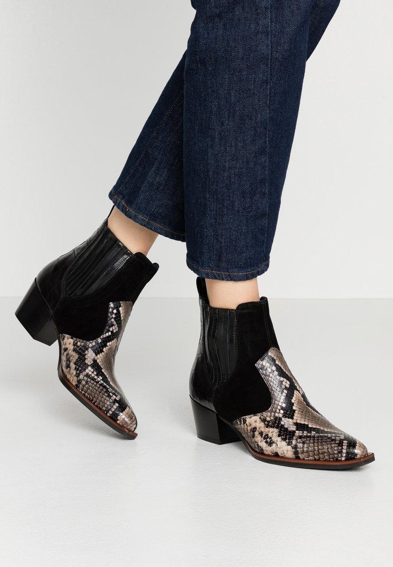 Maripé - Cowboy/biker ankle boot - nero
