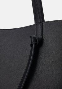 Pieces - PCGENNY SHOPPER - Tote bag - black - 3