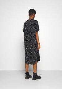 Monki - ROMA DRESS - Jerseykjole - black - 2