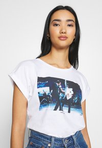Dedicated - VISBY I WANT TO DANCE - T-shirt print - white - 3