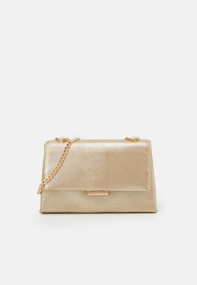 DAPHNIE CHAIN CROSS BODY - Clutch - gold-coloured