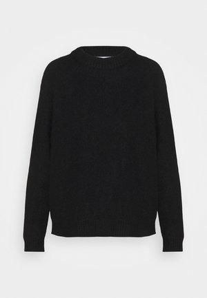 GWYNN  - Stickad tröja - black