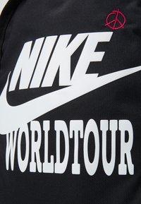 Nike Sportswear - UNISEX - Rucksack - black/black/white - 5
