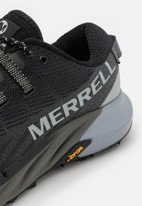Merrell - AGILITY PEAK 4 - Běžecké boty do terénu - black - 5