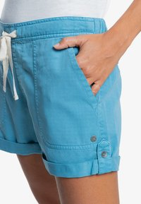 Roxy - LIFE IS SWEETER - Shorts - adriatic blue - 3